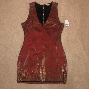 Charlotte Russe shimmer cocktail dress 💃🏽